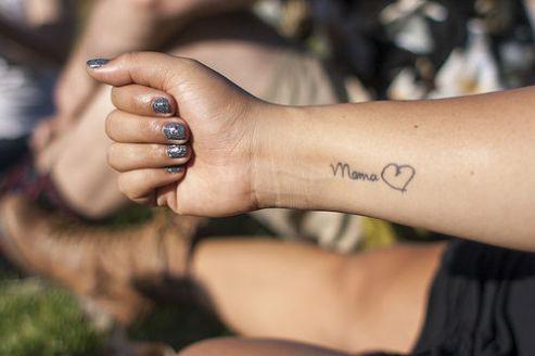 tatuagens para filhos escrita filho