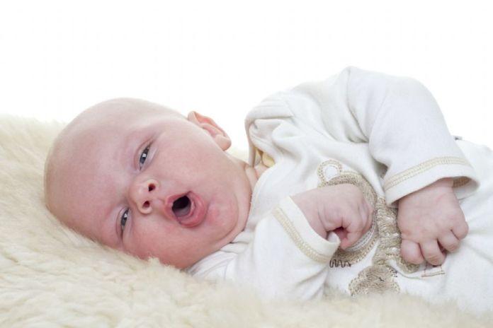coqueluche- bebe, tosse, gripe, doenca