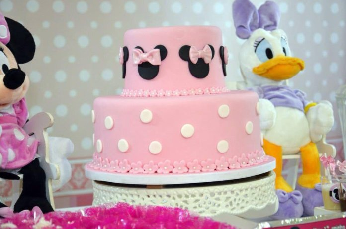 festa-infantil-bolo-minnie