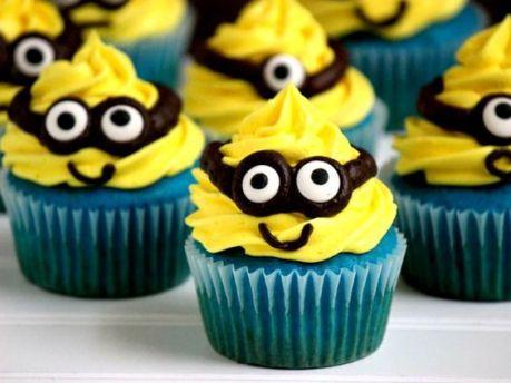 bolo-minions-cupcake