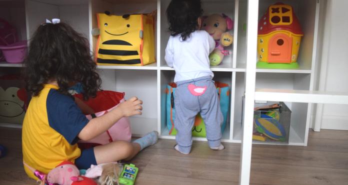 estante-organizacao-montessori