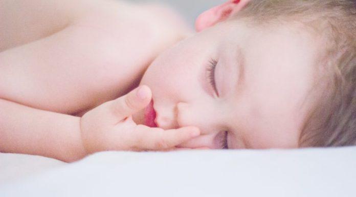 dicas para ajudar o bebê a dormir a noite toda sem desmamar