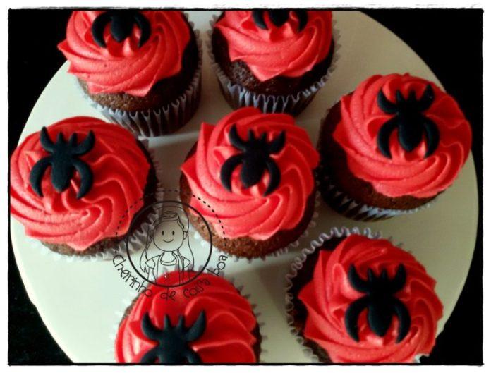 ideias de cupcakes para festa infantil homem aranha