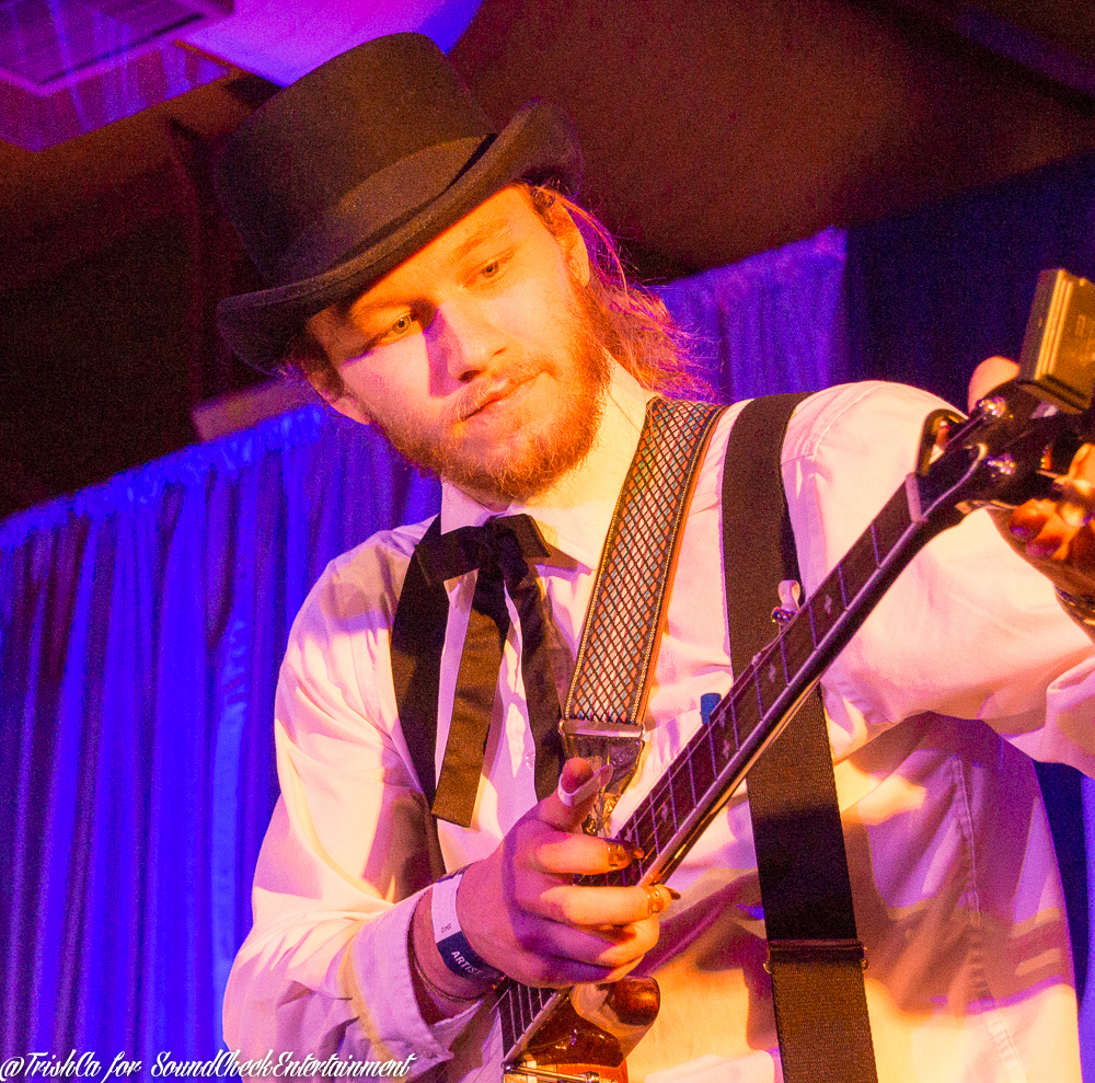 Colton Crawford The Dead South Liuna Station Gibson at the Junos 2015