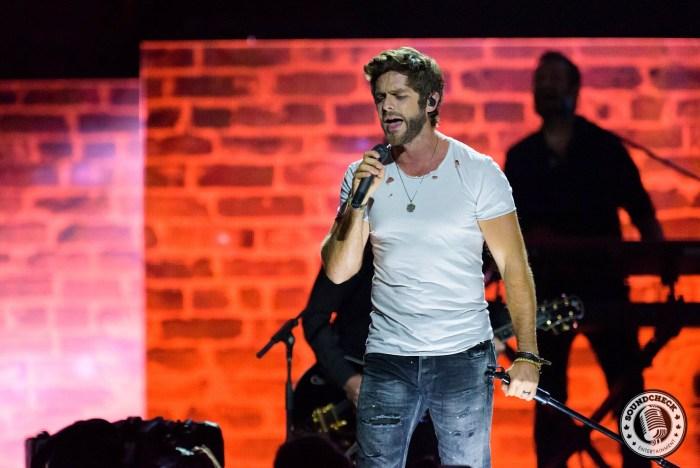 Thomas Rhett performs at the 2015 CCMA Awards in Halifax - JB Photography
