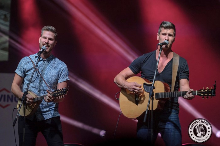 High Valley plays to the FanFest Crowd in Halifax - JB Photography
