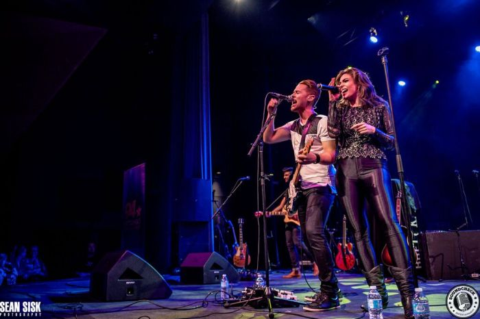 Autumn Hill Perform @ the New Country 94 Birthday Bash - Photo: Sean Sisk