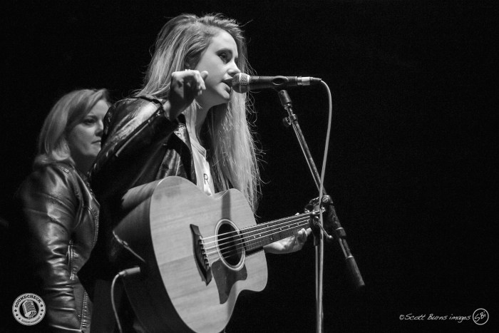 Sykamore performs at KX Country's Bright Light Big Country concert at The Phoenix Concert Theatre - Photo: Scott Burns