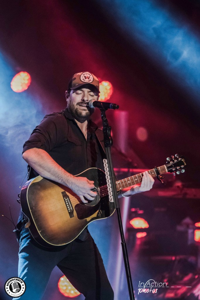 Chris Young performs at AMSOIL Arena in Duluth - Photo: In Action Photo