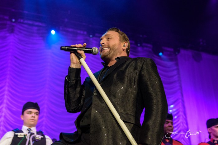 Johnny Reid performs at the Scotiabank Centre In Halifax - Photo: James Bennett