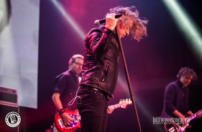 Collective Soul tearing up London Music Hall Photo: Bill Woodcock