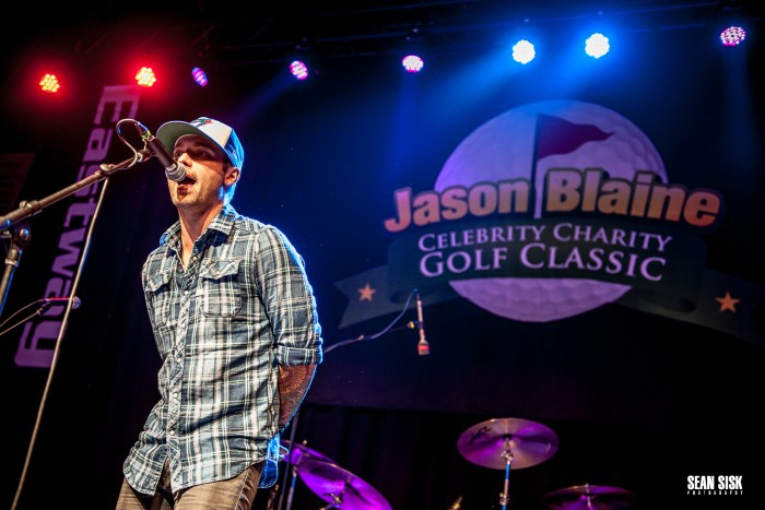 Dallas Smith performs during Jason Blaine's Hometown Event - Photo: Sean Sisk