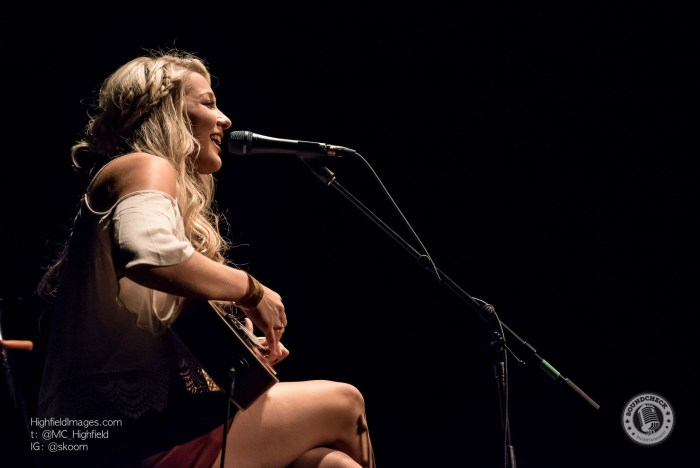 Madeline Merlo @ #Country4FortMac at The Phoenix in Toronto - Photo: Mike Highfield