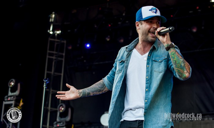 Dallas Smith performs at #RTP2016 in London, Ontario - Photo: Bill Woodcock