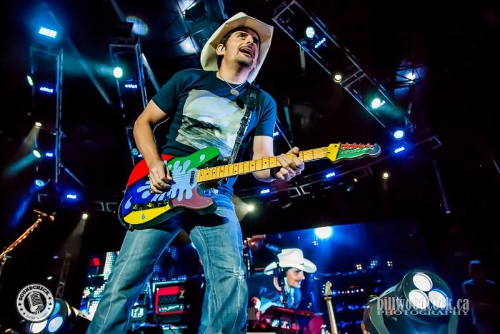 Brad Paisley performs at #RTP2016 in London, Ontario - Photo: Bill Woodcock