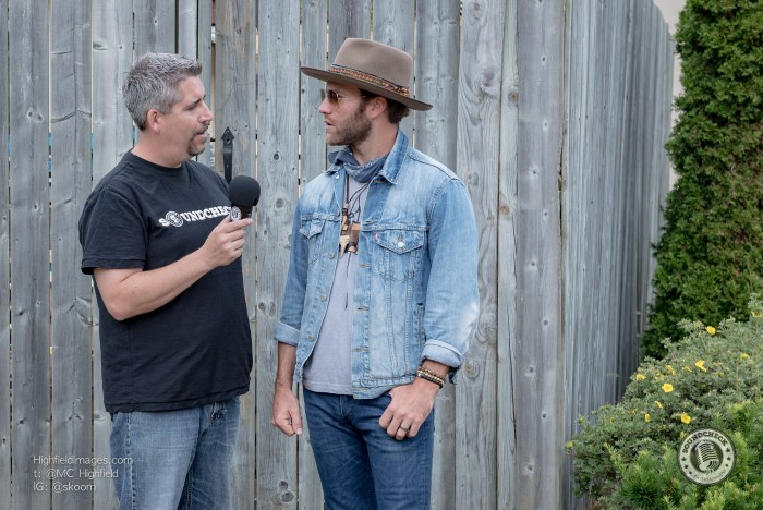 Corey chats with Drake White backstage at CMT Music Fest - Photo: Mike Highfield