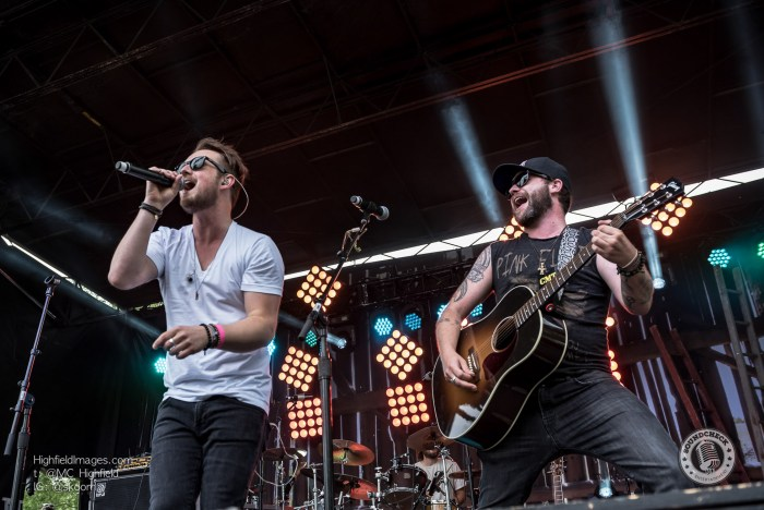 Them Dang Rattlers perform at CMT Music Fest in Kitchener - Photo Mike Highfield