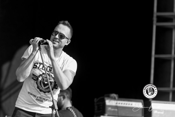 Jason Benoit performs at CCMF - Photo: James Bennett