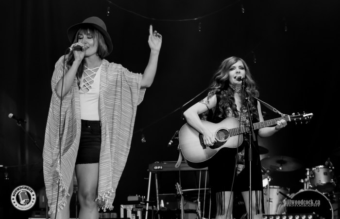 The Lovelocks perform @ Music in the Fields - Photo: Bill Woodcock