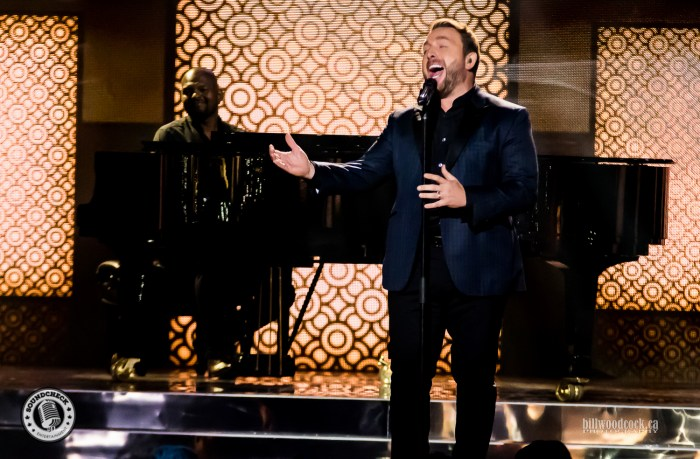 Johnny Reid performs during the 2016 CCMA Awards in London, Not - Photo: Bill Woodcock