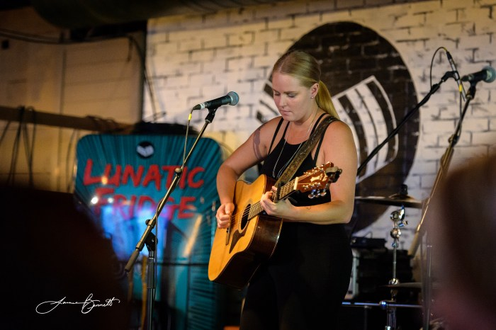 Jessica Mitchell performs during the ORR CCMA Party in London - Photo: James Bennett