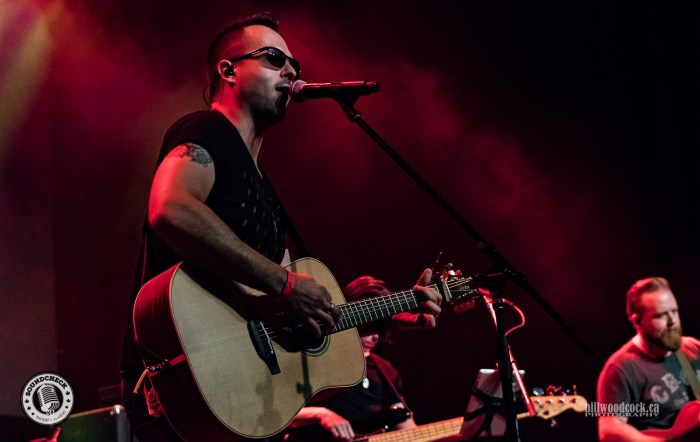 Jason Benoit performs during the Invictus Party during CCMA Week in London - Photo: Bill Woodcock
