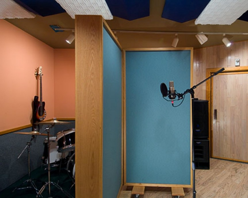 Silent Kid Studio : Steven Klein's Sound Control Room. Inc.
