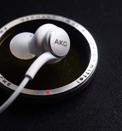akg samsung galaxy s10 earbuds review [ 1684 x 946 Pixel ]