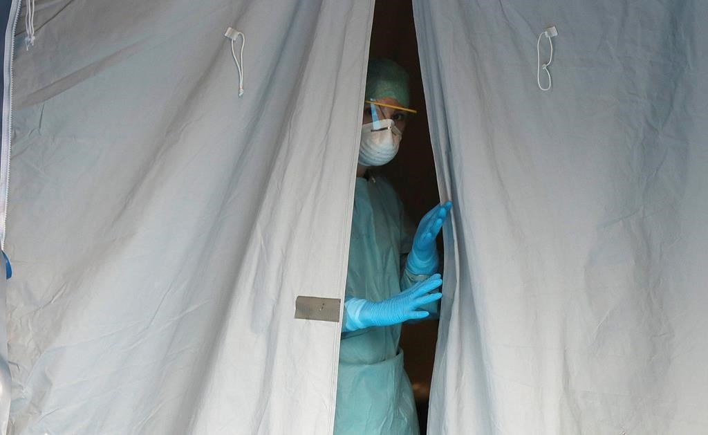 Coronavirus: Italy reports over 350 more deaths, 3,590 new cases ...