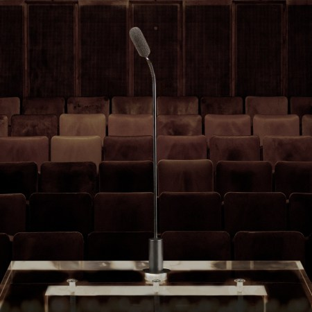 DPA SC4098 Podium Mic in Hall