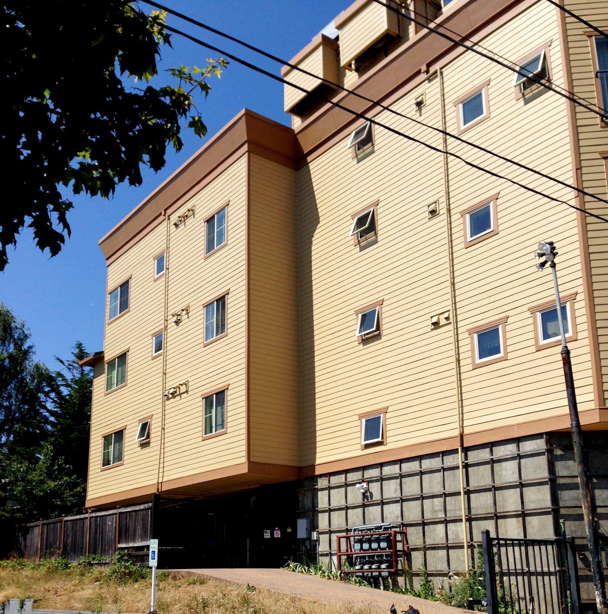 Condo building exterior painting - Seattle