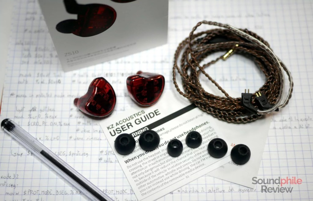 KZ ZS10 packaging and accessories