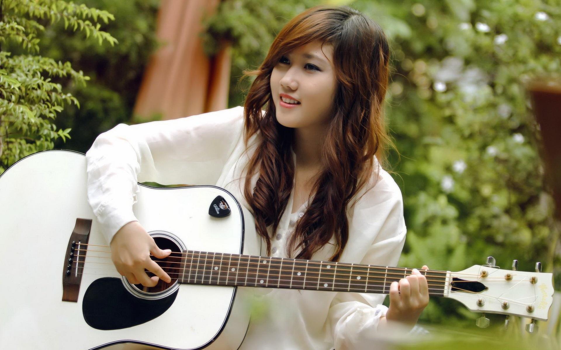 cambodian girl guitar soundskool