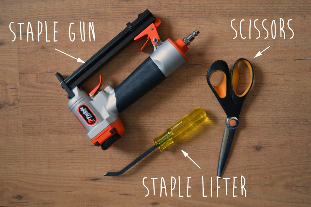 Tools to upholster a bench