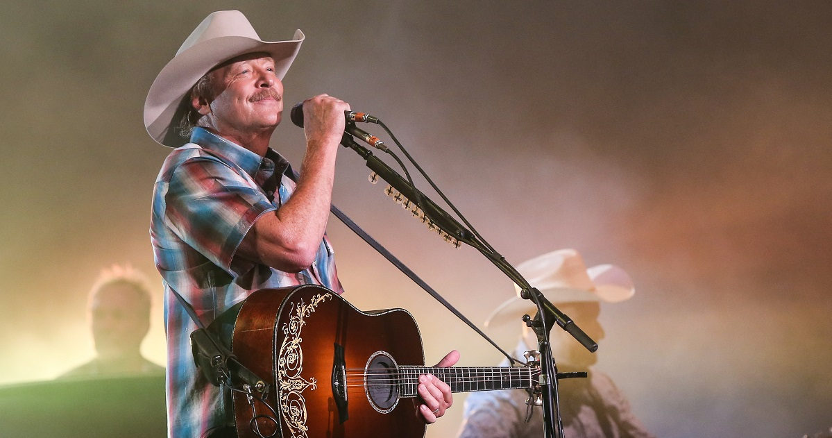 Alan Jackson To Be Inducted Into Songwriters Hall of Fame