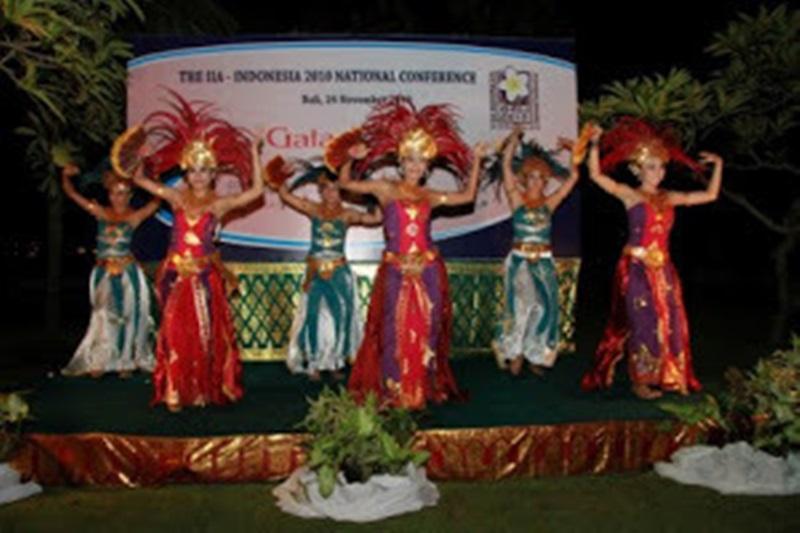 Contemporary Dancer Bali