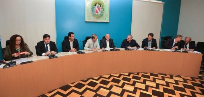 Prefeito de Soure Guto Gouvêa participa de evento em busca de melhorias para o Marajó