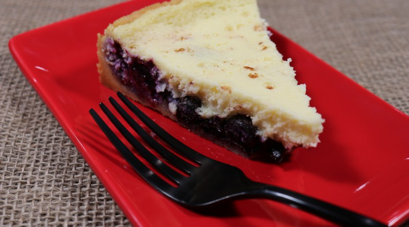 North meets South Kuchen inspired blueberry filled cheesecake