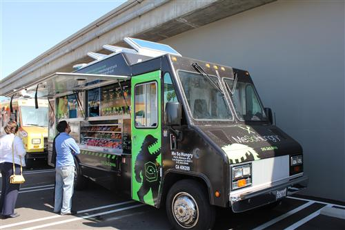 Me So Hungry is part of the Food Truck Fleet rolling into the Costco Business Center This Memorial Day Weekend.
