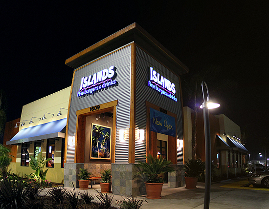Welcome to Islands Restaurant in Redondo Beach.
