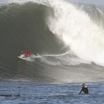 TODAY ONLY - Big Waves Lead to a FREE Big Burger at Islands