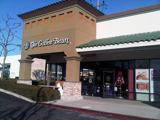 Coffee  Bean and Tea Leaf's New Tea Bar in Manhattan Beach