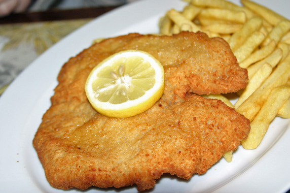 Schnitzel with frites