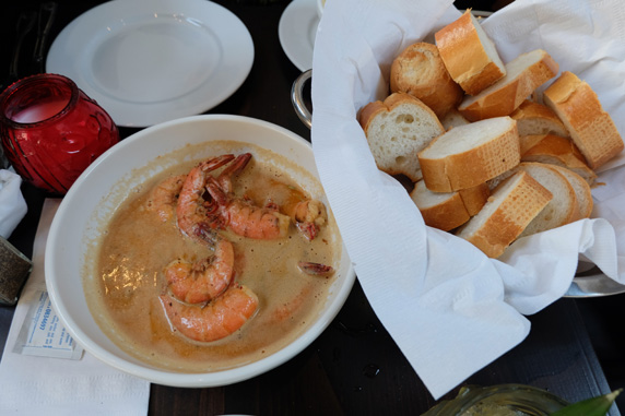 Their signature dish - Killer Shrimp with fresh french bread