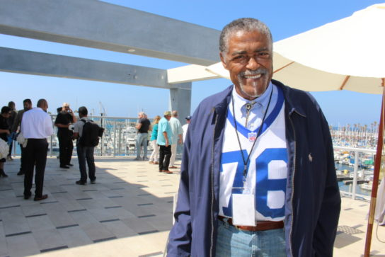 Rams leged Rosey Grier poses for a photo before the ribbon cutting.