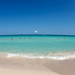 Beach Chairs On Wheels Hans Wegner Folding Chair Best Beaches In Miami | South Magazine