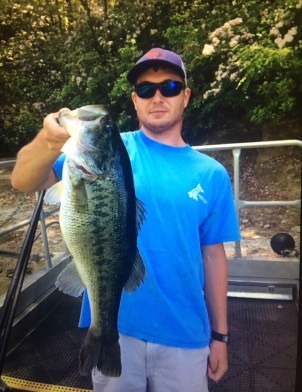 Edward Stello conducting fisheries research as part of the SCDNR internship program.