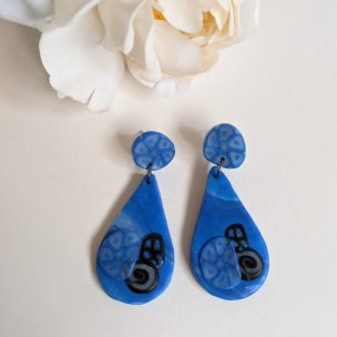 Royal blue and black funky dangly drop earrings - teardrop shape