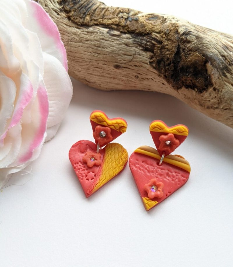 Heart Hearts Dangly stud earrings - Style 1