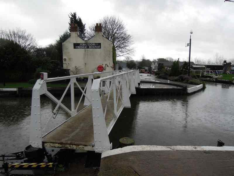 We cross Junction Bridge and it immediately swings to let a boat through
